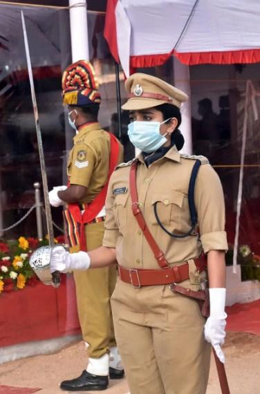 aiswarya dongre ips officer